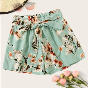 Pants - 🖤BOHO Floral Mint Short